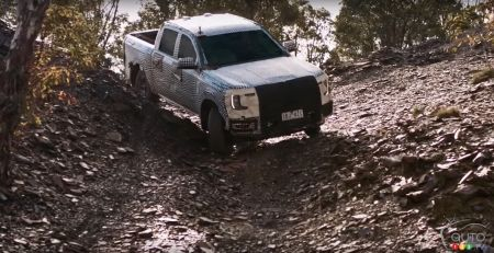 Ford Ranger 2023, coming down