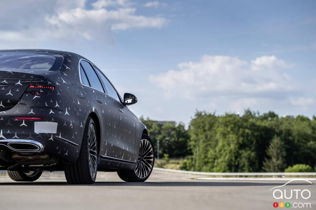 Mercedes-Benz Classe S 2022, flanc droit