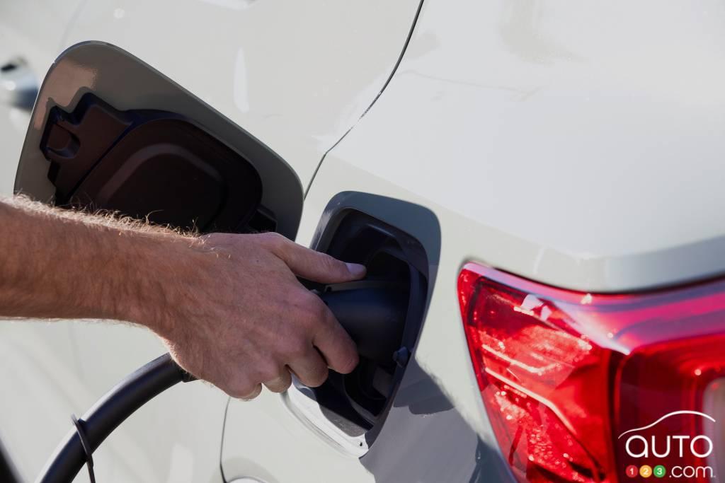 Volvo XC40 Recharge 2021, port de chargement