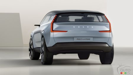 Volvo Concept Recharge, rear