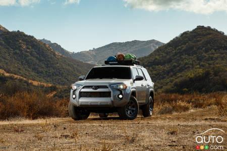 2020 Toyota 4Runner, mountain-hiking