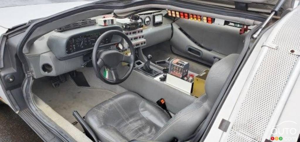 La réplique de la DeLorean de Doc, dans Retour vers le futur, intérieur