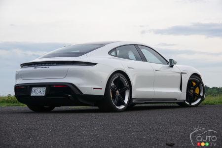 2020 Porsche Taycan Turbo S, three-quarters front