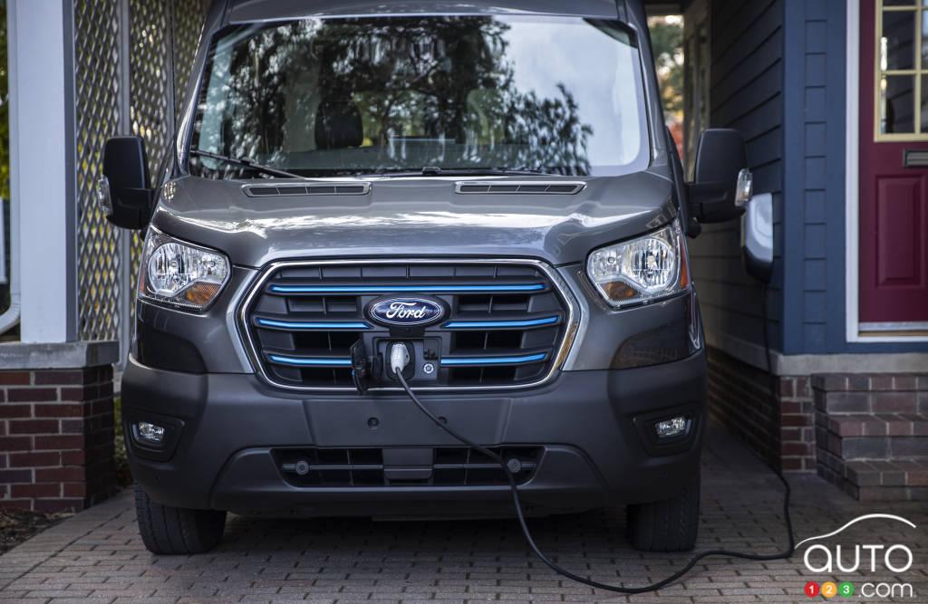 Le Ford E-Transit 2022, au chargement