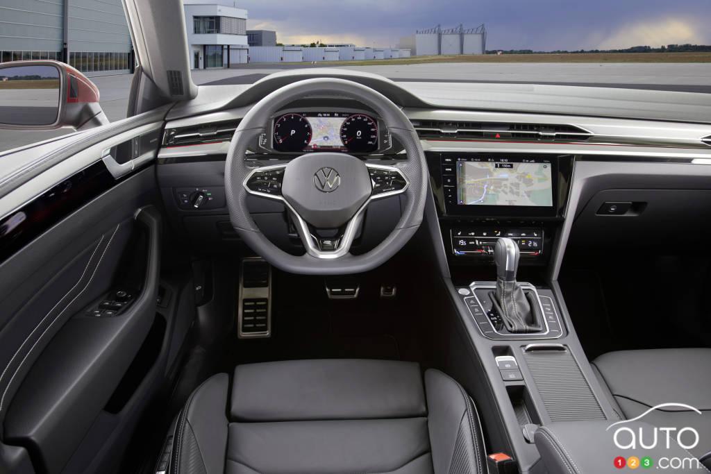Volkswagen Arteon 2021, intérieur