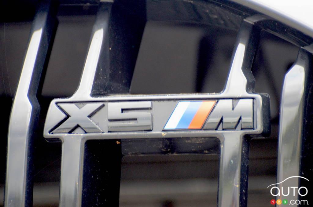 BMW X5 M 2020, logo