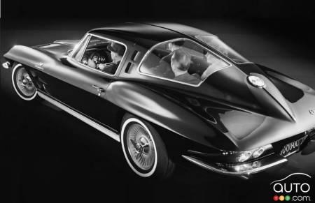 The 4-seat Chevrolet Corvette prototype, rear