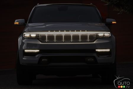 Jeep Grand Wagoneer concept, front