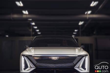 Cadillac Lyriq, front