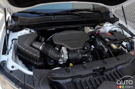 2020 Chevrolet Blazer RS, engine