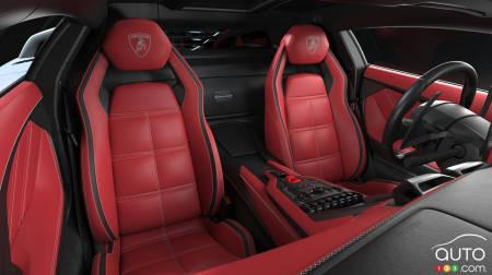 Lamborghini Countach LPI 800-4, asientos