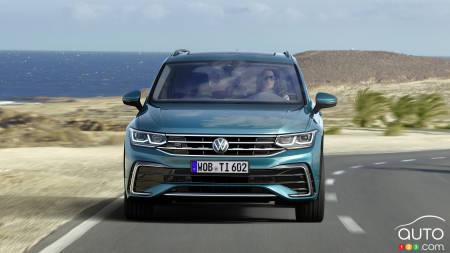 2022 Volkswagen Tiguan, front