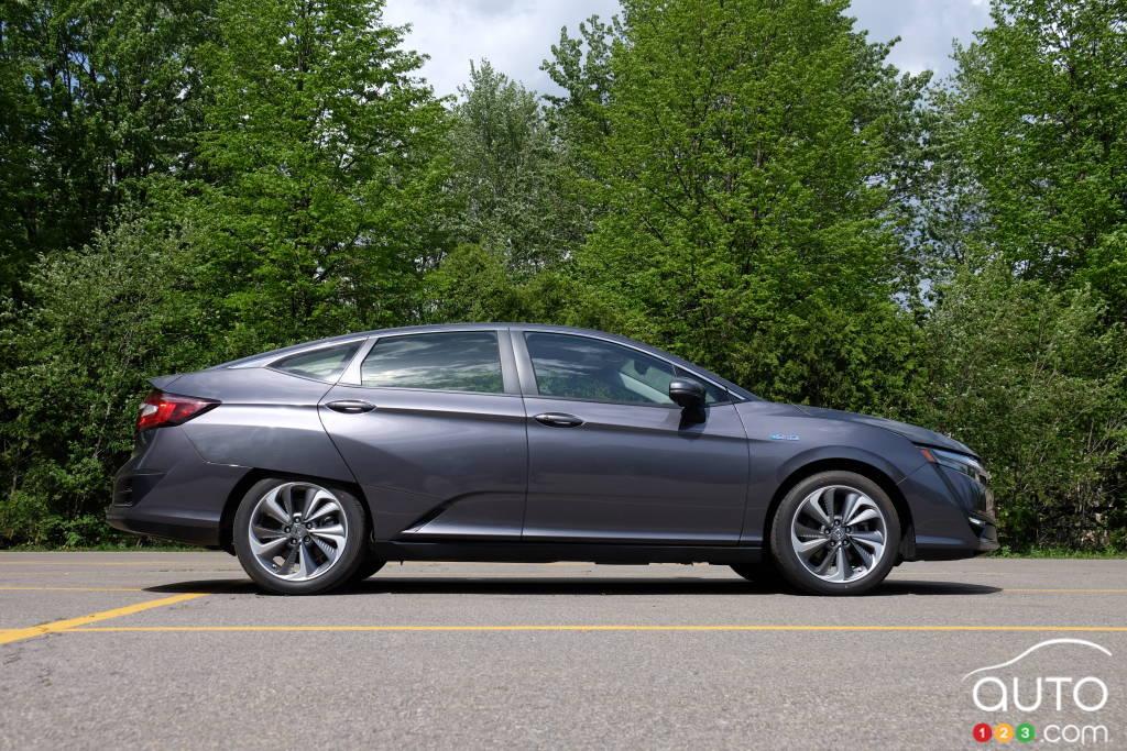 Honda Clarity, profil