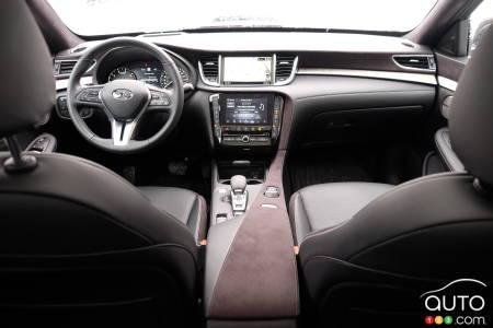 2020 Infiniti QX50, interior