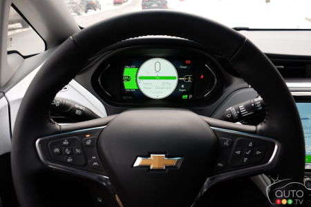2020 Chevrolet Bolt, steering wheel