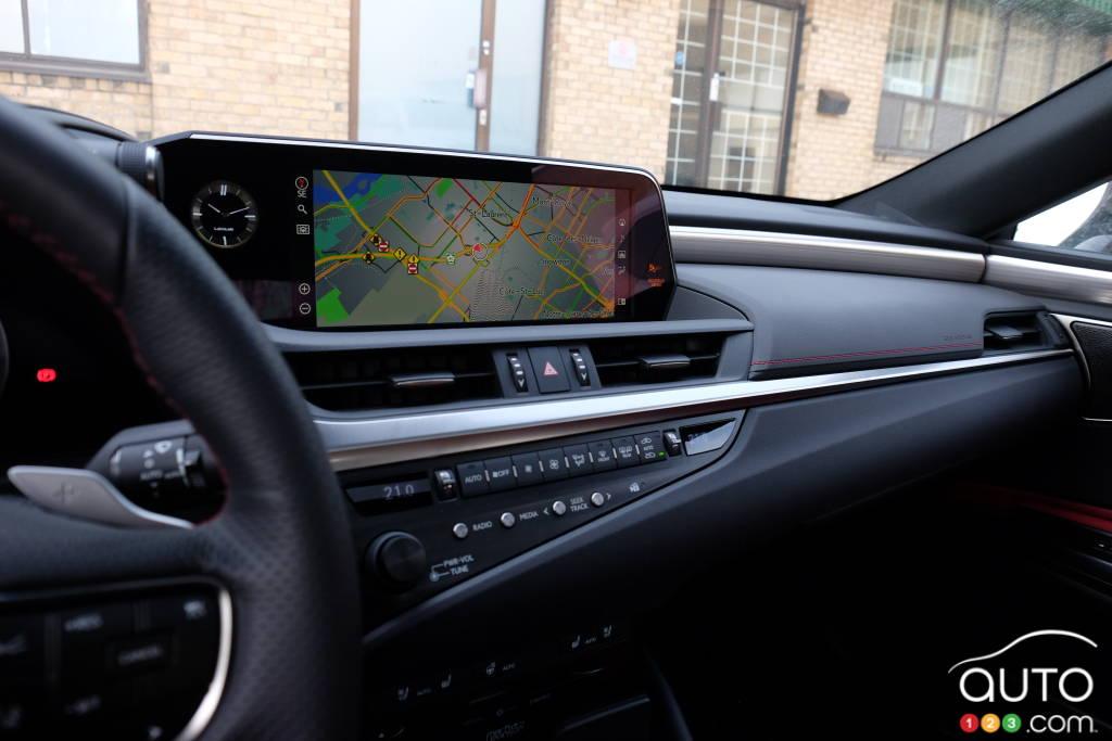 Lexus ES 2020, tableau de bord