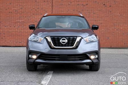 2020 Nissan Kicks, front
