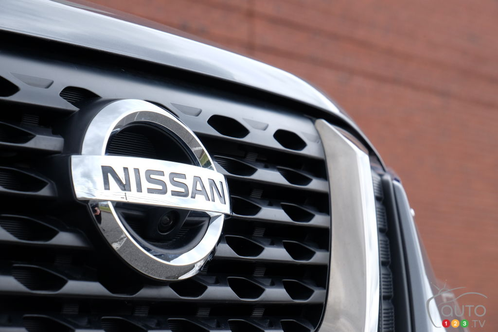 Nissan Kicks 2020, logo et calandre
