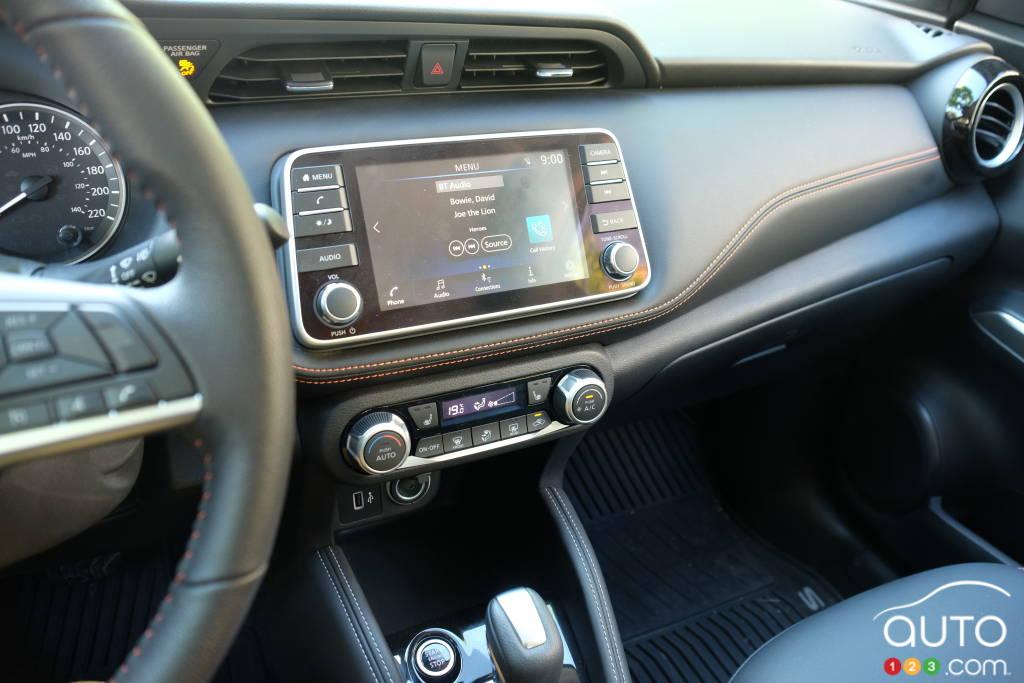 Nissan Kicks 2020, tableau de bord
