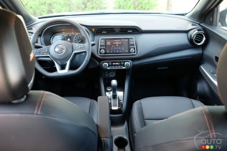 2020 Nissan Kicks, interior