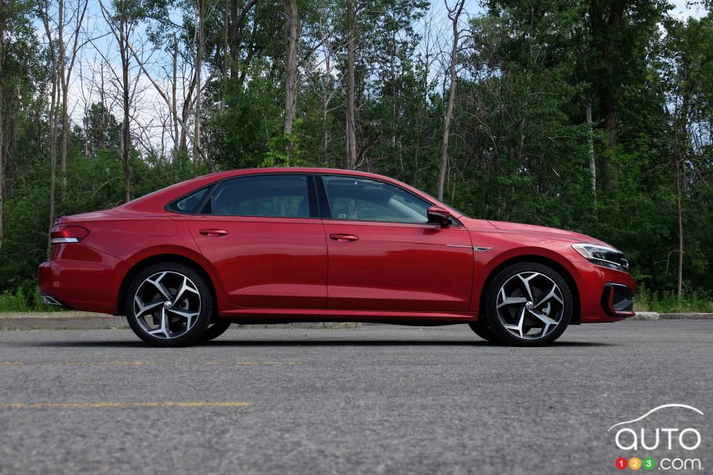 Volkswagen Passat 2020, profil
