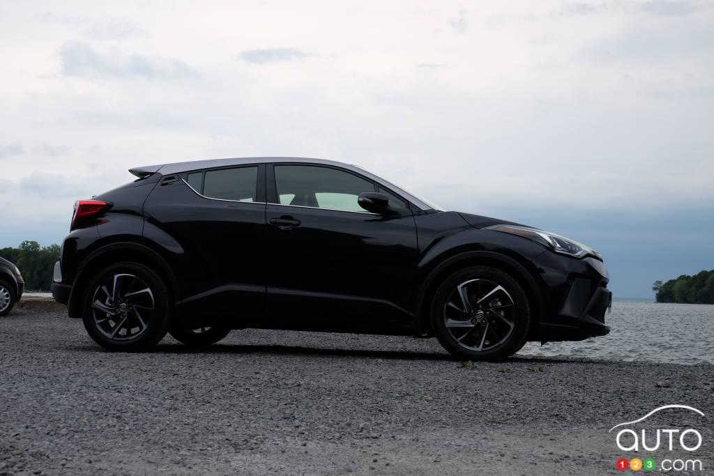 Toyota C-HR 2020, profil