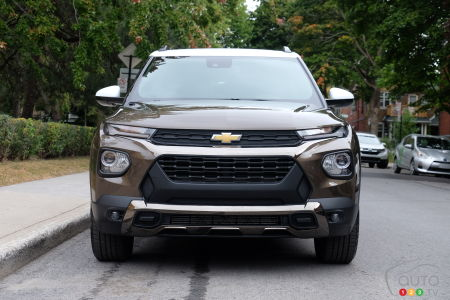2021 Chevrolet Trailblazer, front