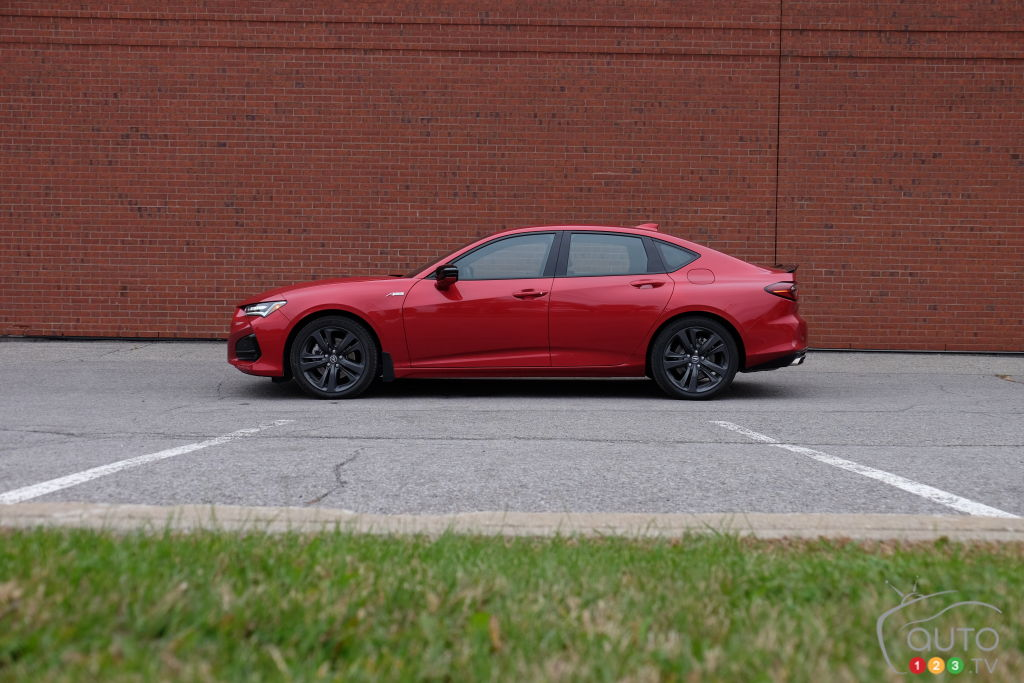 Acura TLX 2021, profil