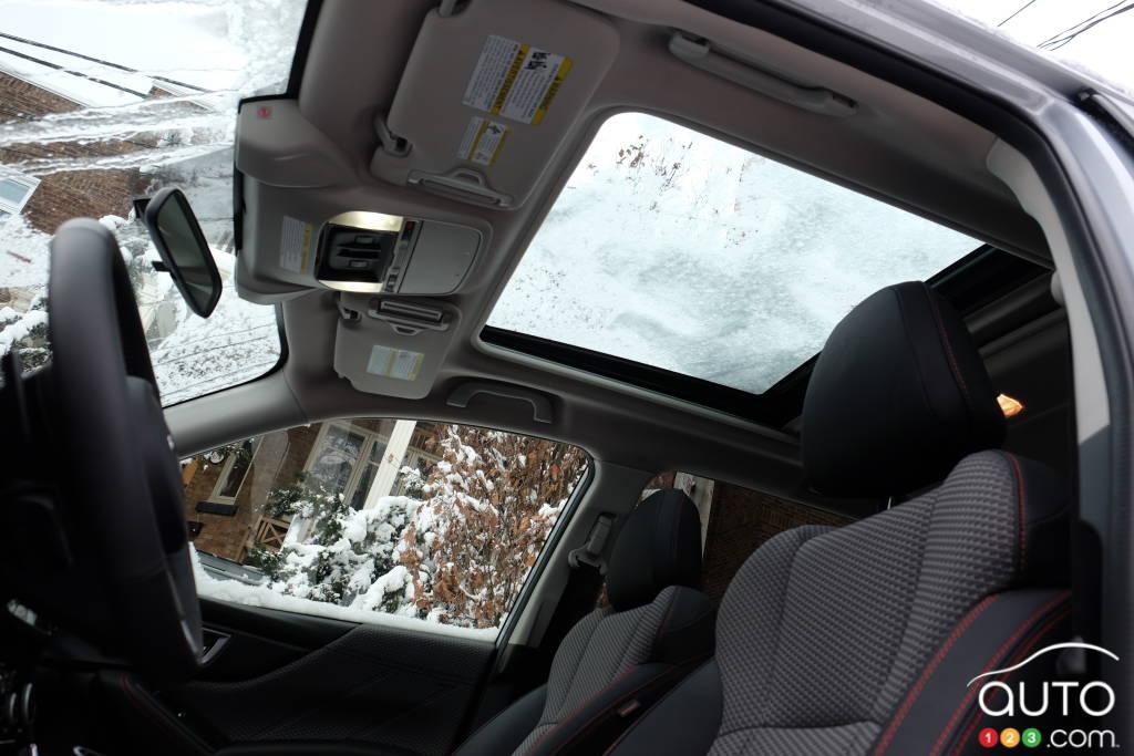 Subaru Forester, intérieur