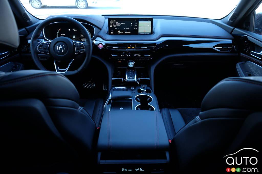 Acura MDX 2022, intérieur