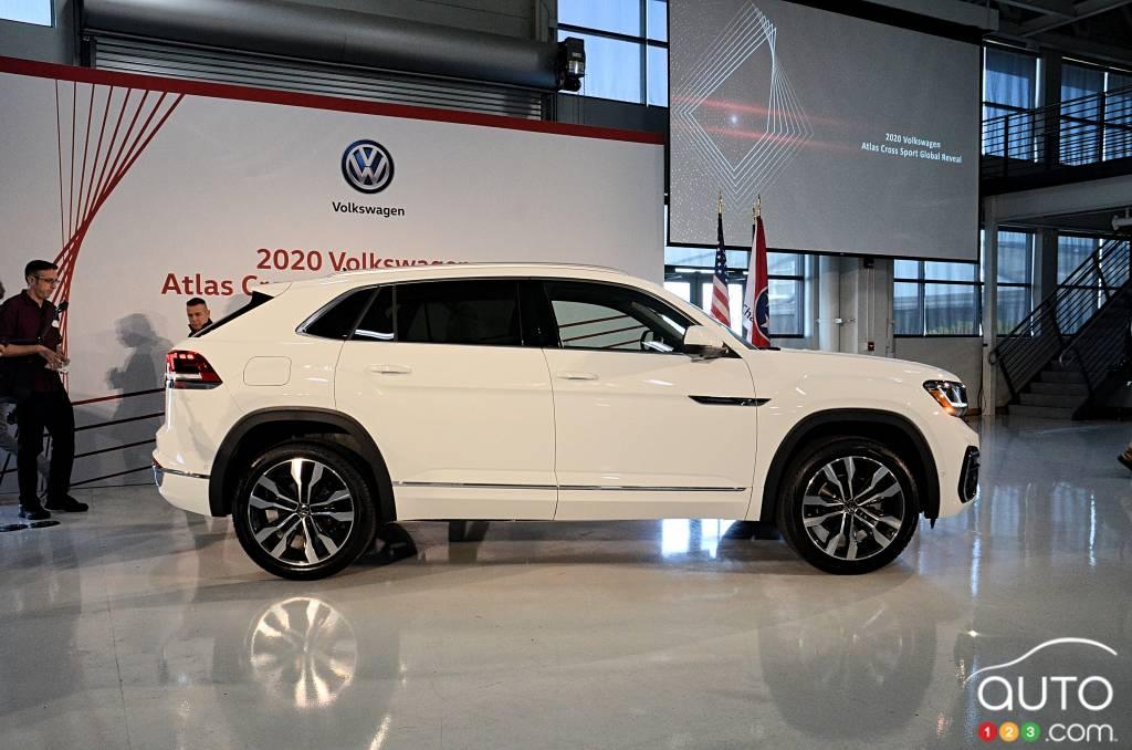 2020 Volkswagen Atlas Cross Sport Debuts Car News Auto123