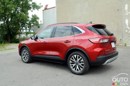 2020 Ford Escape Hybrid, three-quarters rear
