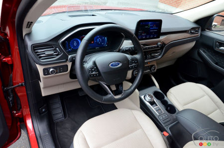 2020 Ford Escape hybrid, interior