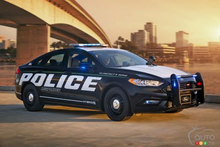 ford police trucks  hybrid cars approved   car news auto