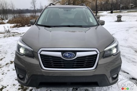 2021 Subaru Forester, front