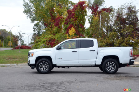 2021 GMC Canyon AT4, profile