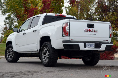 2021 GMC Canyon AT4, three-quarters rear