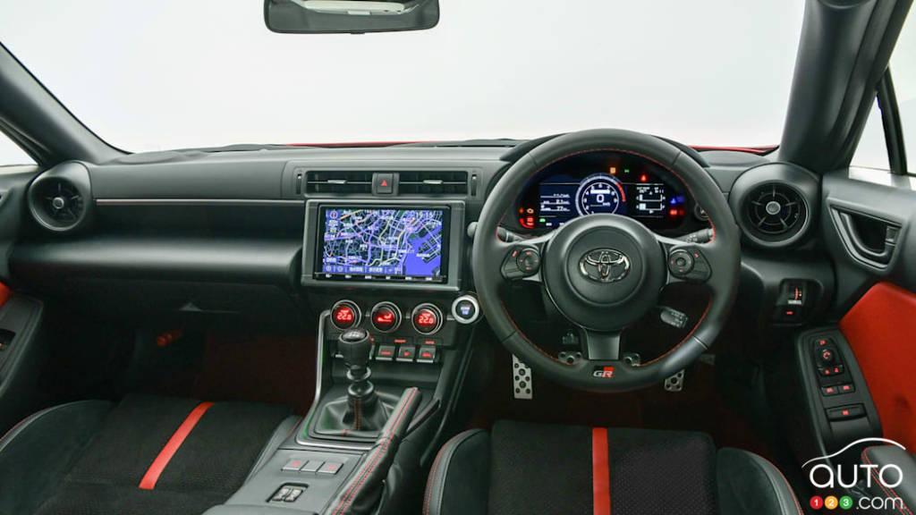 Toyota 86 2022 (Japon), intérieur