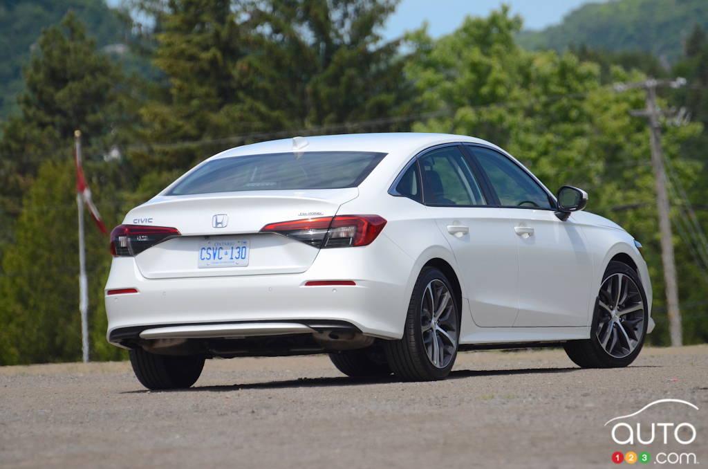 Honda Civic Touring 2022, trois quarts arrière