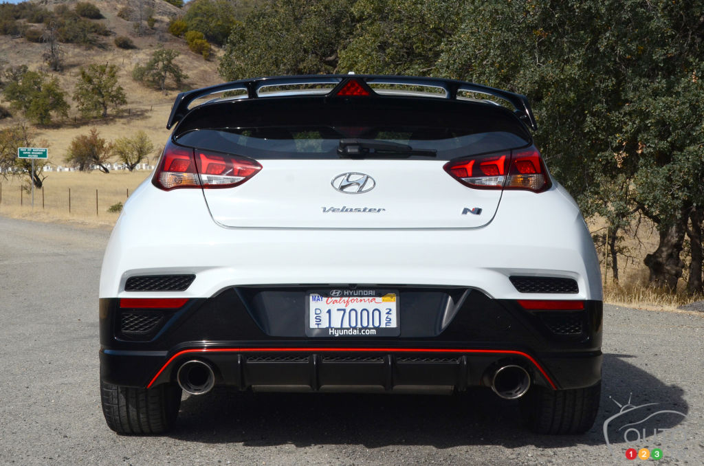 First drive of the 2019 Hyundai Veloster N | Car Reviews