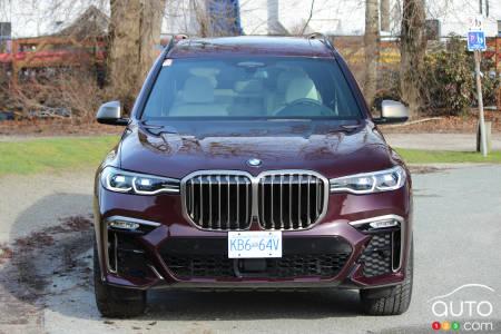 2020 BMW X7 M50i, front