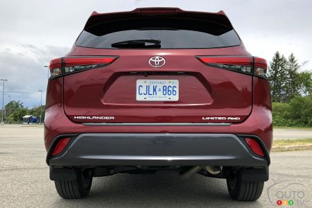 2020 Toyota Highlander Limited, rear