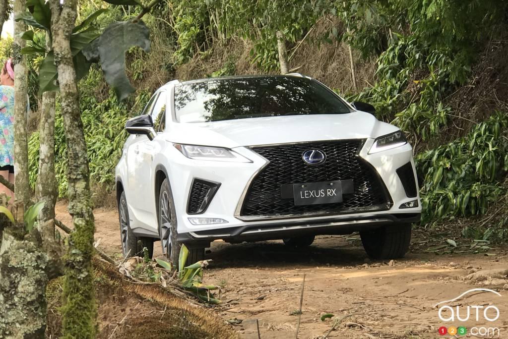 Le Lexus RX, à basse vitesse