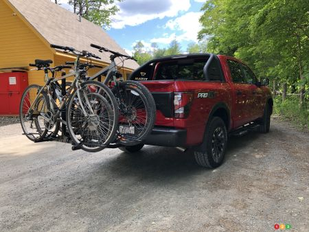 2020 Nissan Titan PRO-4X, rear with bicycles