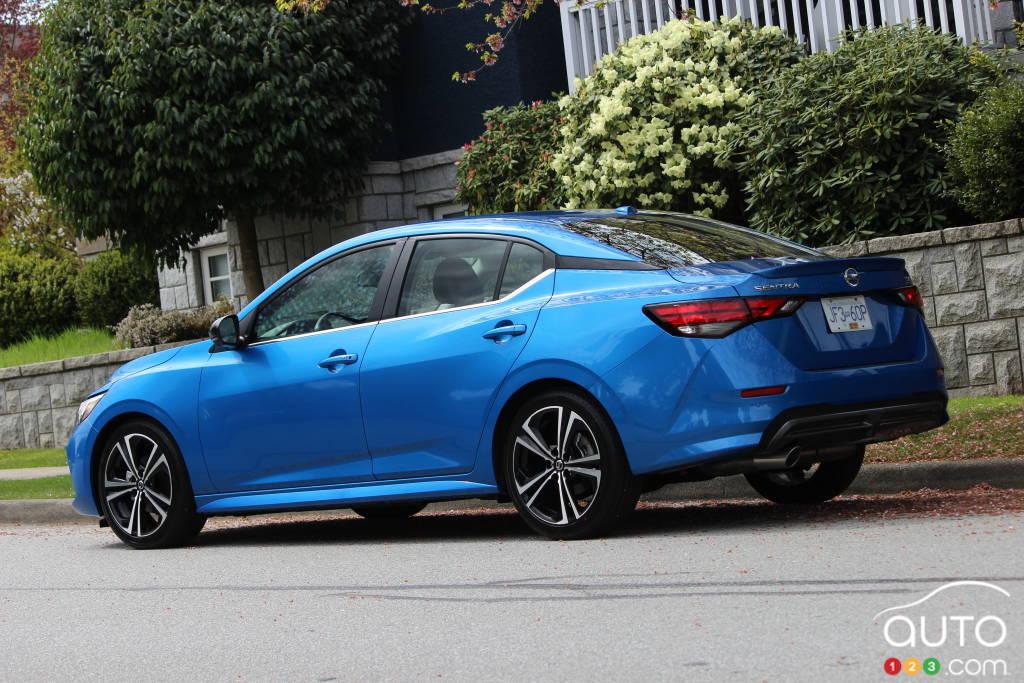 Nissan Sentra 2020, trois quarts arrière