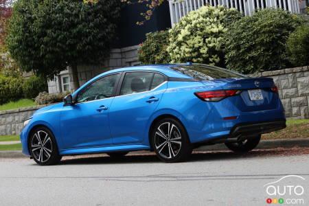 2020 Nissan Sentra, three-quarters rear