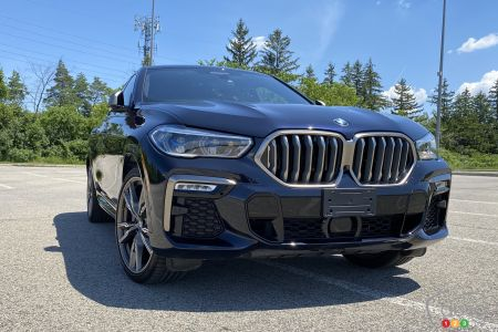 2020 BMW X6 M50i, front grille