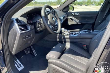 2020 BMW X6 M50i, first row