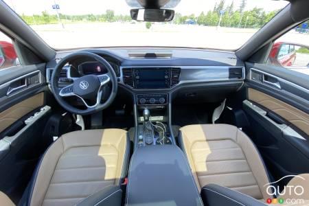 2020 Volkswagen Atlas Cross Sport, interior