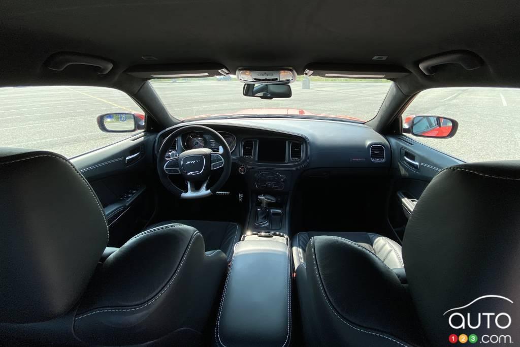 Dodge Charger SRT Hellcat Widebody 2020, intérieur